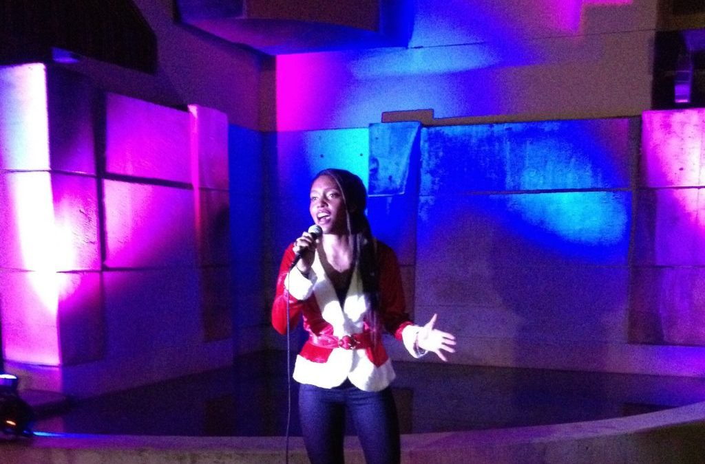 Ashleigh Performs at Montclair Holiday Stroll!